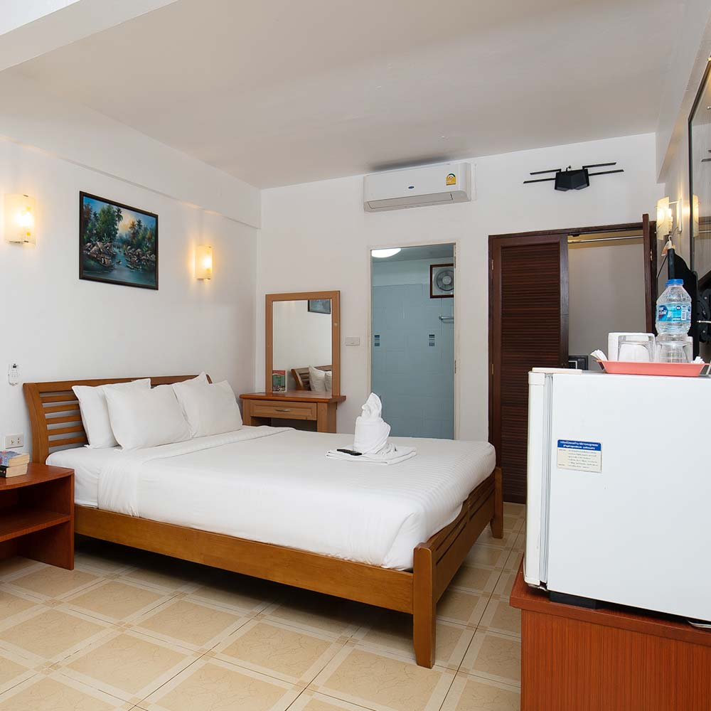 Super Deluxe Room with Poolside Balcony